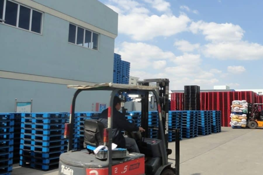 Pallet Stacking & Storage Tips (For Loaded & Unloaded Pallets)